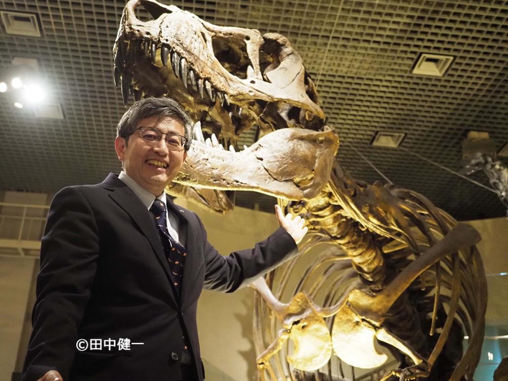 国立博物館 真鍋真博士©田中健一